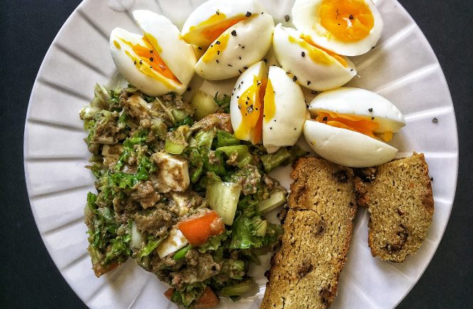 Boiled Eggs and Sardines Salad for Keto Breakfast