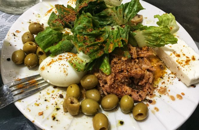 Idea For Keto Tuna With Boiled Eggs For Lazy Dinner