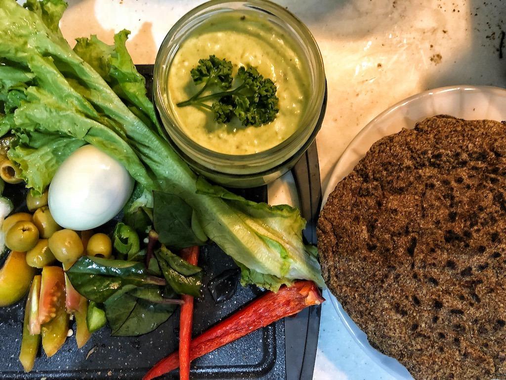 Healthy Keto Full Of Healthy Fat Creamy Avocado Dip Or Spread Party Idea