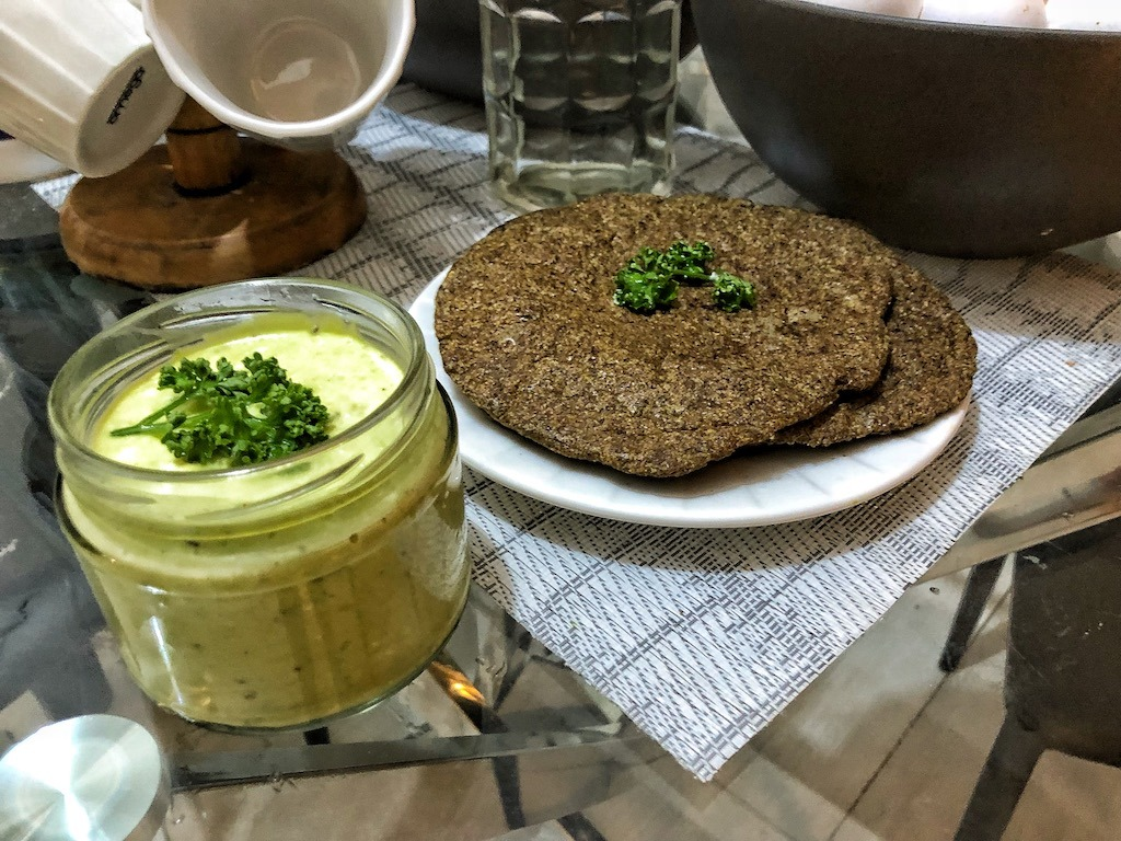 Healthy Keto Full Of Healthy Fat Creamy Avocado Dip Or Spread Wraps