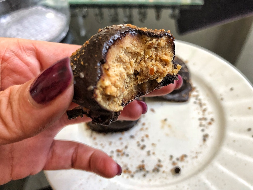 Healthy Keto Vegan Peanut Butter Coconut Flour Chocolate Truffles With No Sugar Great