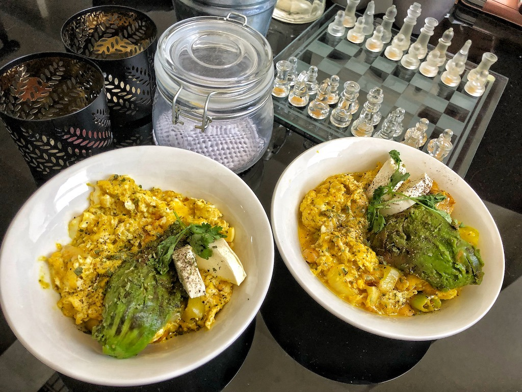 Healthy Keto Vegetarian Scrambled Eggs With Avocado And Cream Cheese Delicious