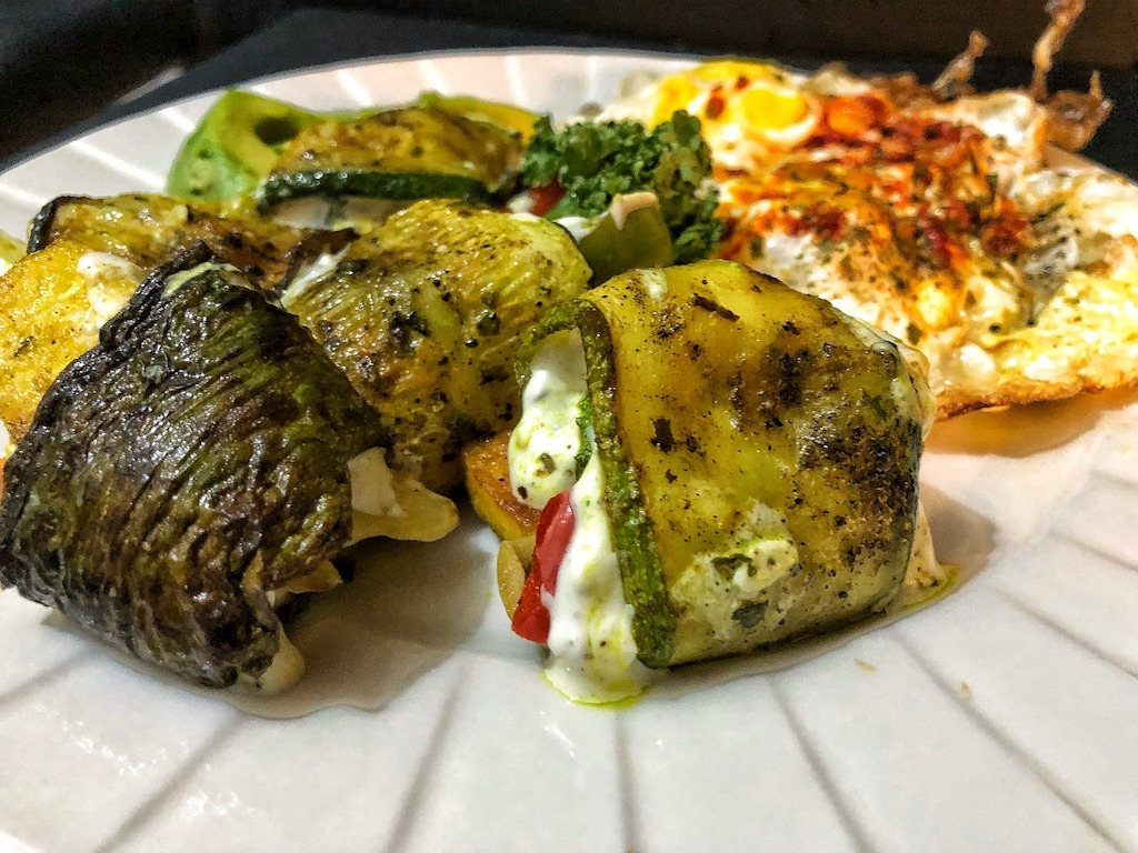 Healthy Keto Vegetarian Zucchini Rolls With Fried Eggs And Avocado