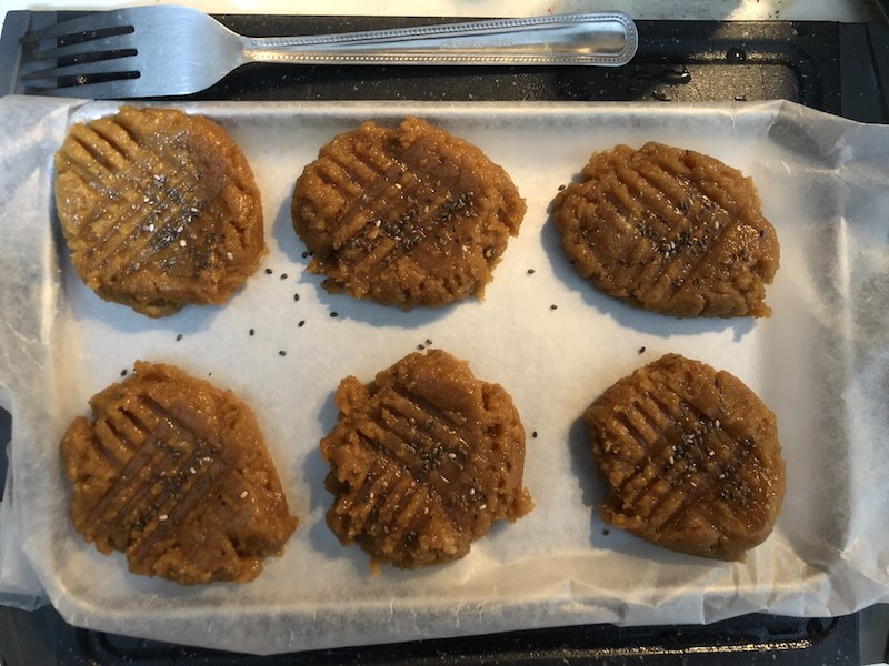 Quick Healthy Keto Low Carbs Peanut Butter Cookies From 3 Ingredients Preparing