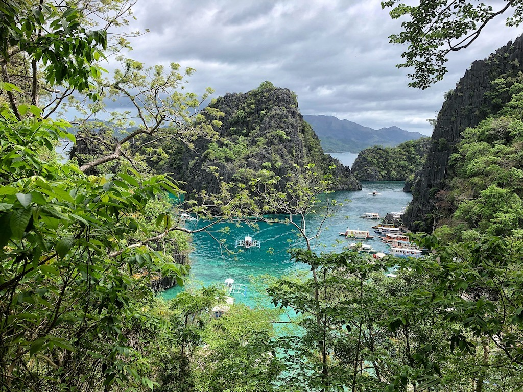 Things To Do in Coron While Raining Season – Photographic Account Kayangan Lake Famous View