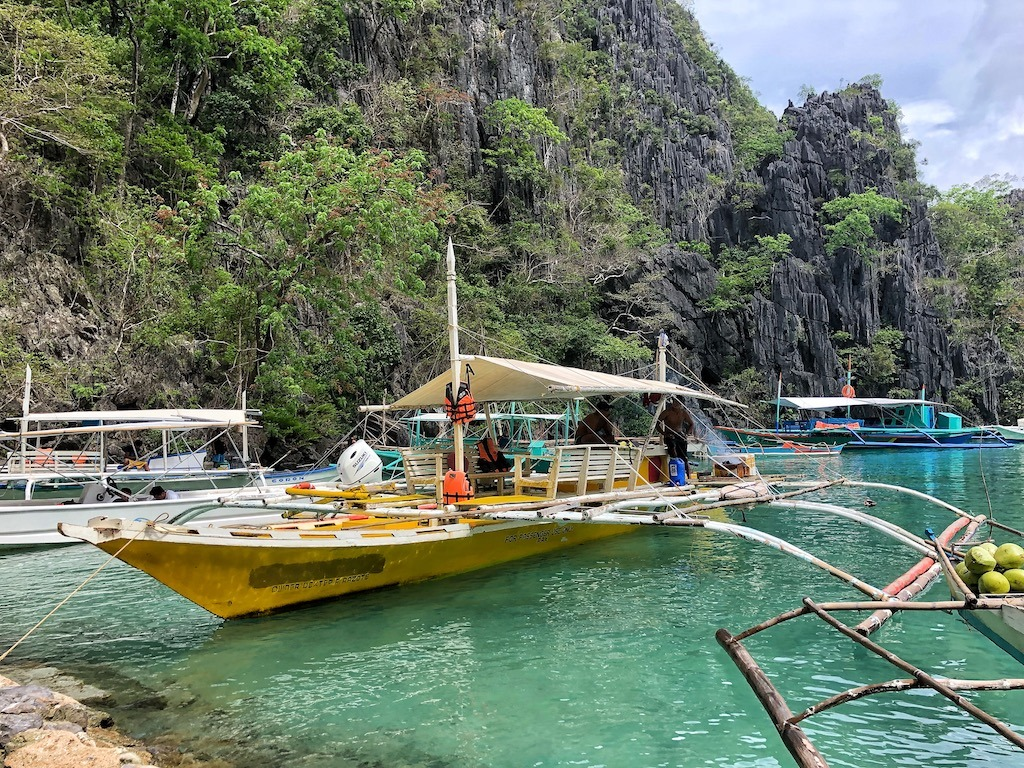 Things To Do in Coron While Raining Season – Photographic Account Kayangan Lake Lake View