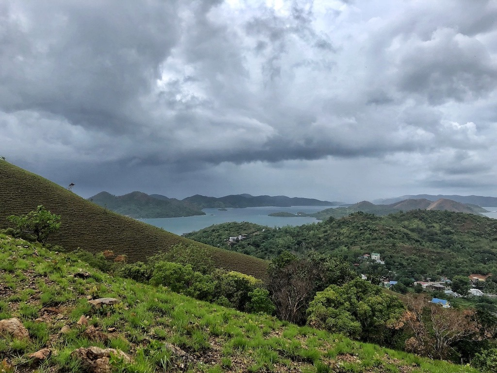 Things To Do in Coron While Raining Season – Photographic Account Mt Tapyas Amazing View