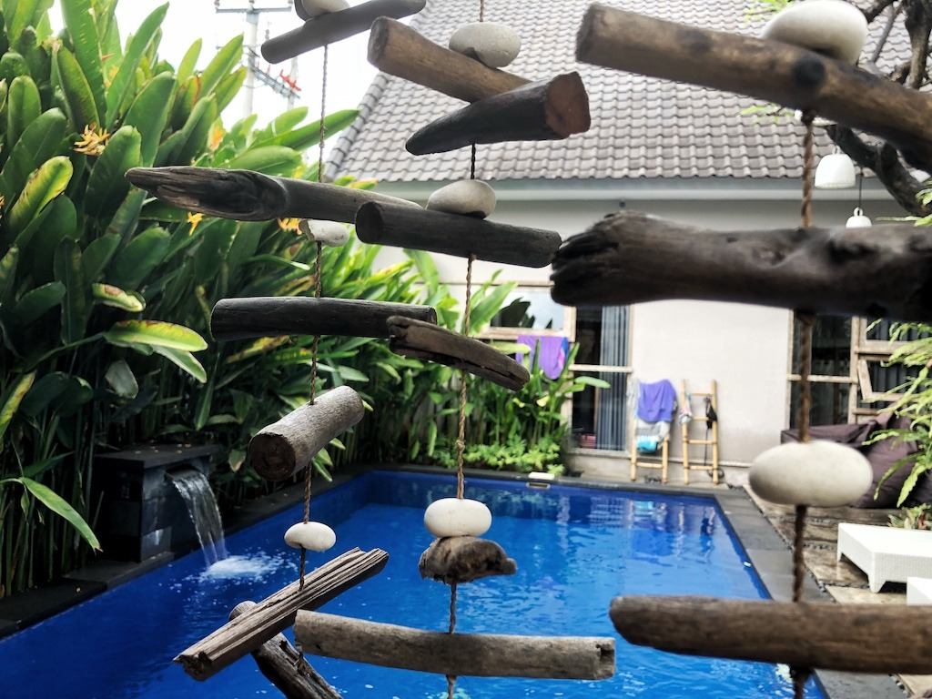 Hostel Recommendation While Travelling to Kuta – Lokal Bali Hostel Chill
