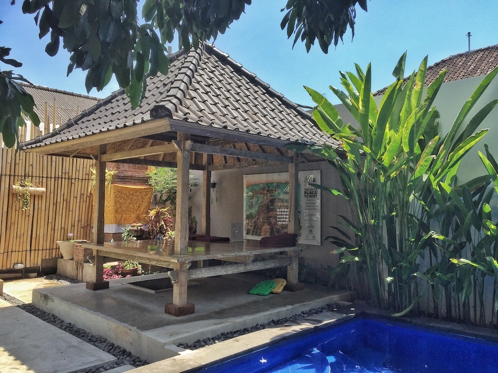 Hostel Recommendation While Travelling to Kuta – Lokal Bali Hostel Hut