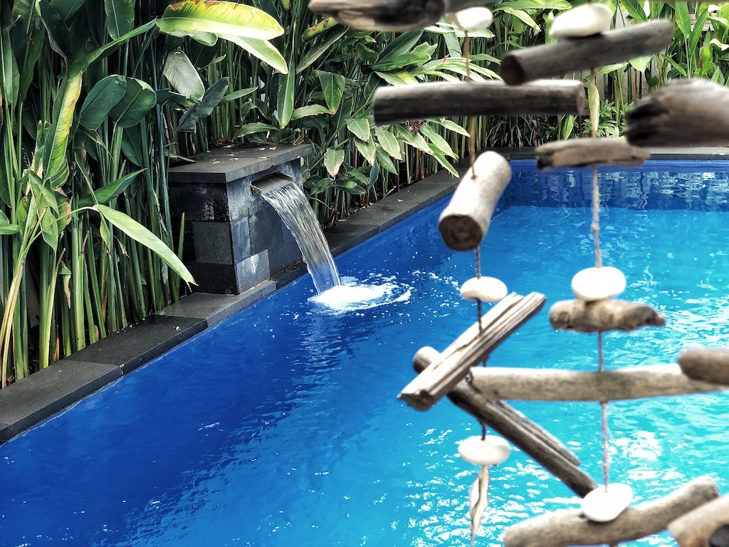 Hostel Recommendation While Travelling to Kuta – Lokal Bali Hostel Swimming Pool