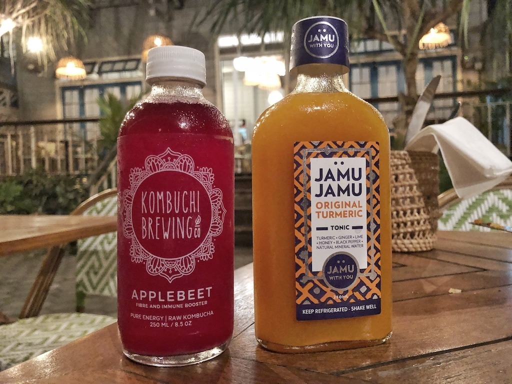 Hostel Recommendation While Travelling to Seminyak – Kosta Hostel Super Juice
