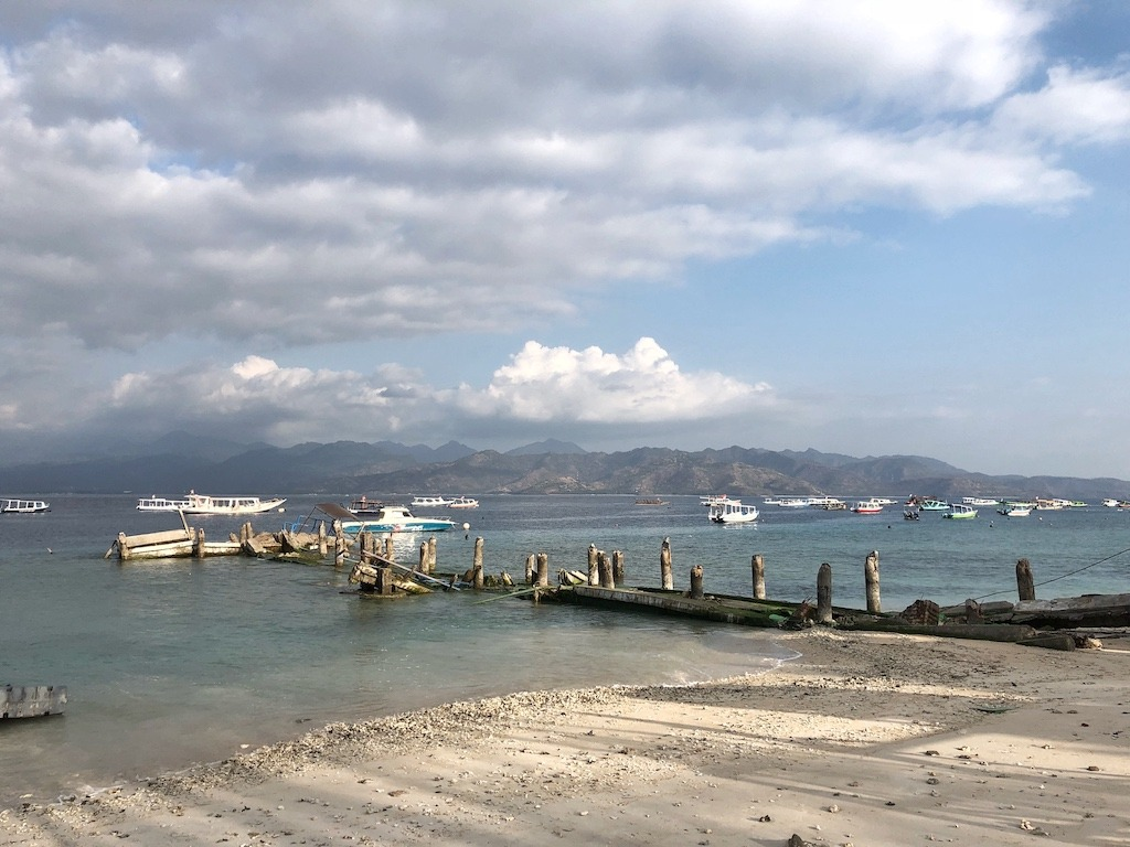 When Your World Is Shaking - Earthquake In Indonesia 2018 - One Day On Gili T View