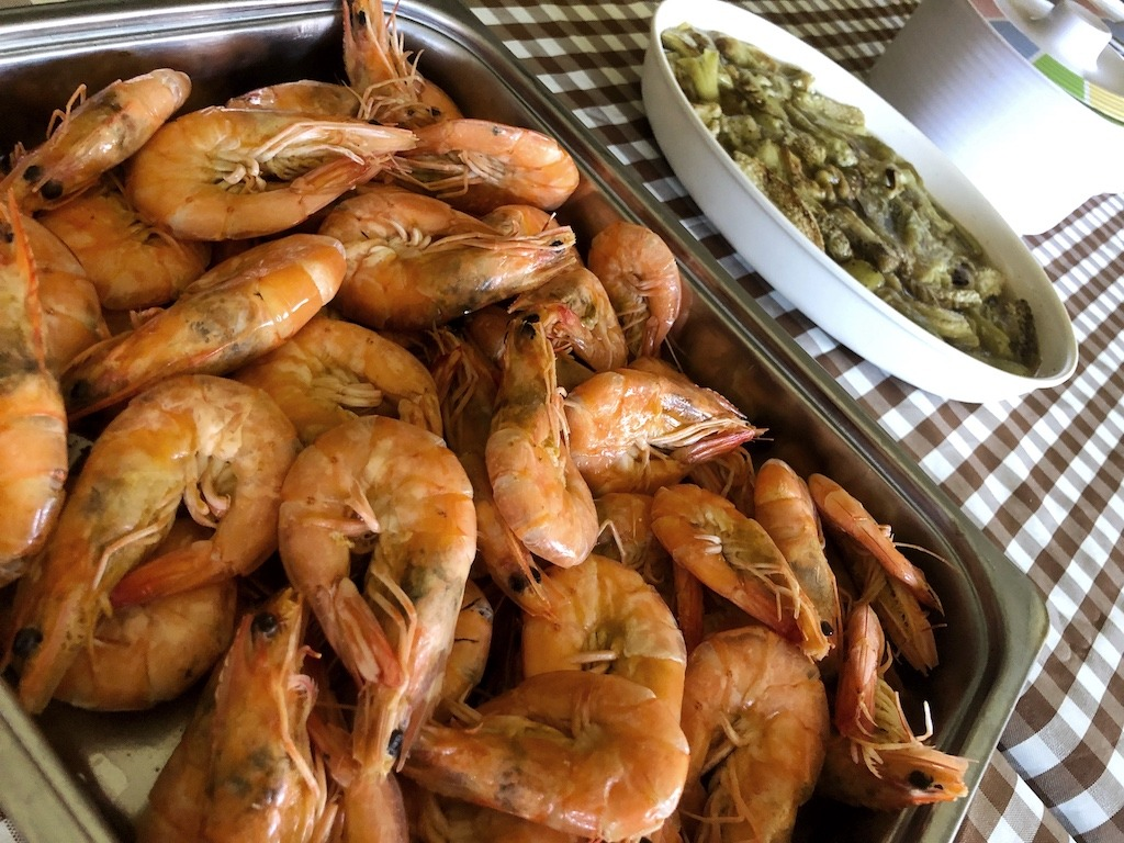 Quick Weekend Getaway From Manila - Private Resort In Zambales Shrimps