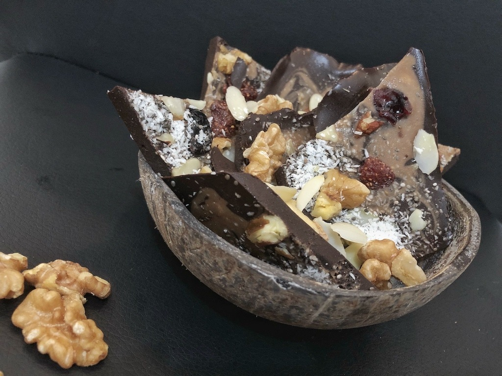 Dark Chocolate Pieces - Homemade Healthy Keto Quick Dessert Must Try