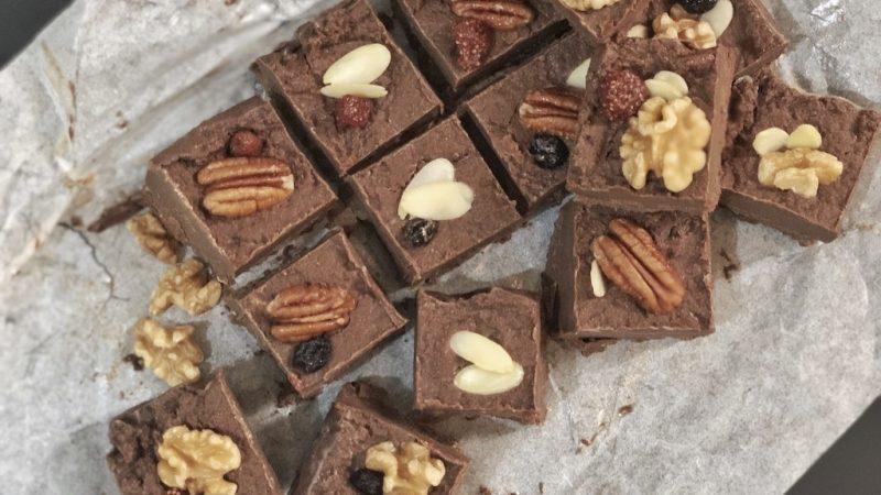 Peanut Butter Chocolate Fudge – Keto Low Carb Sugar Free Dessert