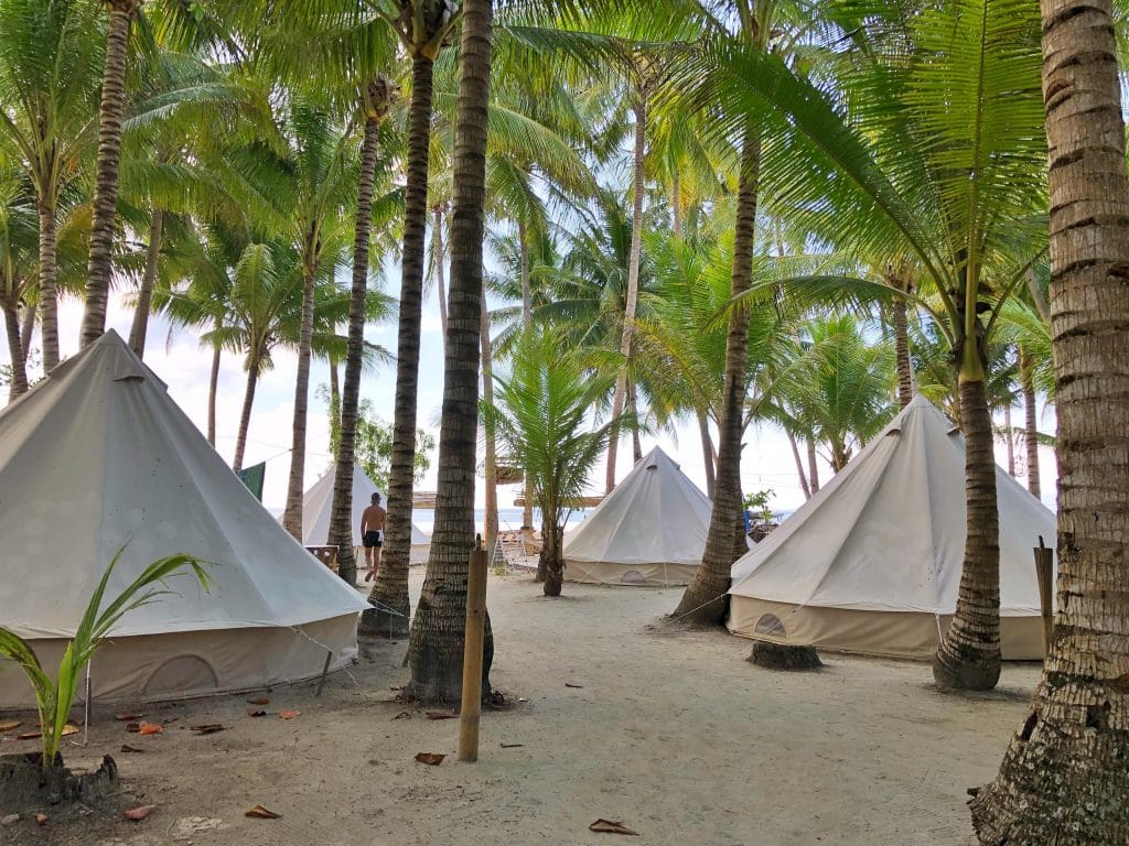 Place to stay when travelling to Siquijor – Glamping Siquijor Backpacker Hostel