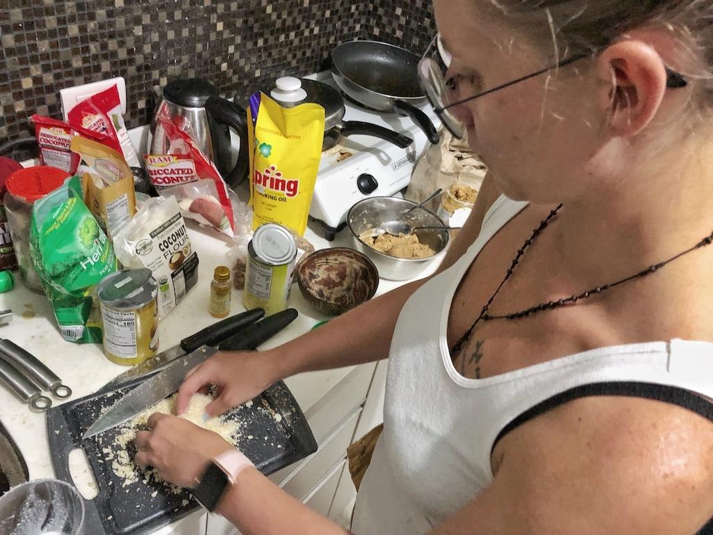 Homemade Raffaello - Healthy Keto Fat Bombs Low Carb No Sugar Added Forming