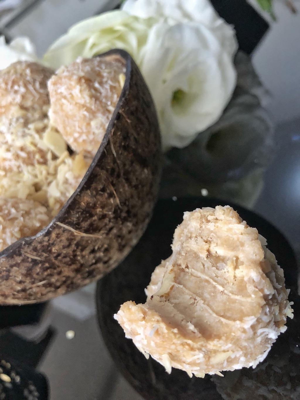 Homemade Raffaello - Healthy Keto Fat Bombs