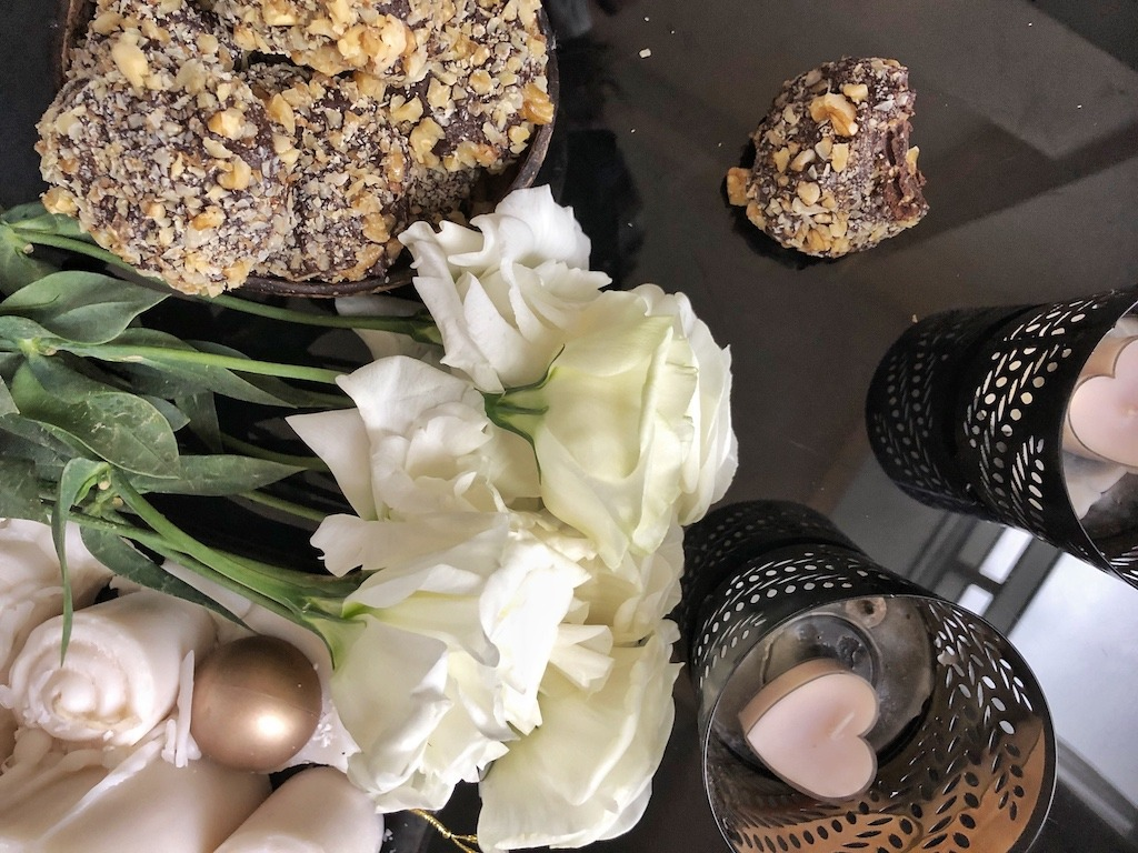 Kids Party Homemade Ferrero Roche - Healthy Keto Fat Bombs Low Carb No Sugar Added