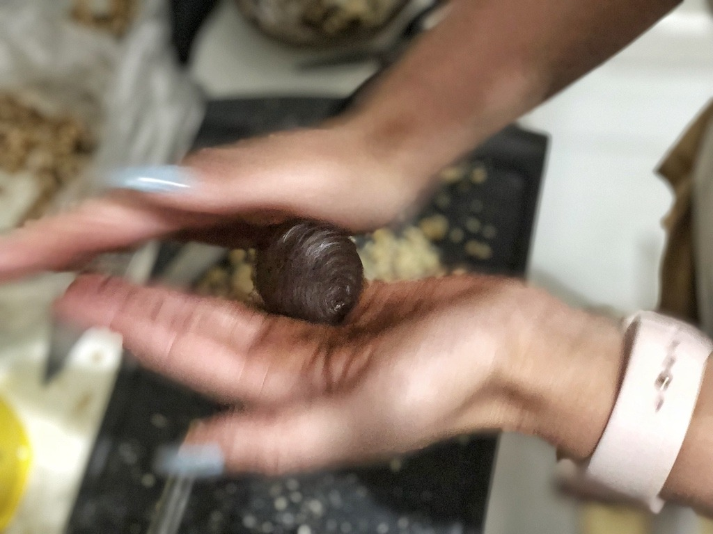 Rolling Homemade Ferrero Roche - Healthy Keto Fat Bombs Low Carb No Sugar Added