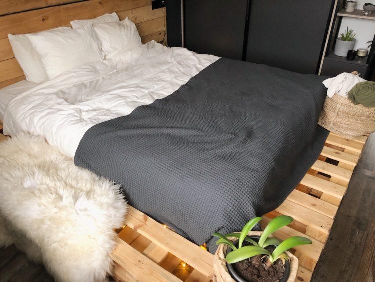 Bedroom Decor - Interior Design Bed Decor