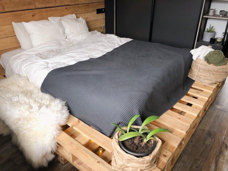 Bedroom Decor - Interior Design Plants